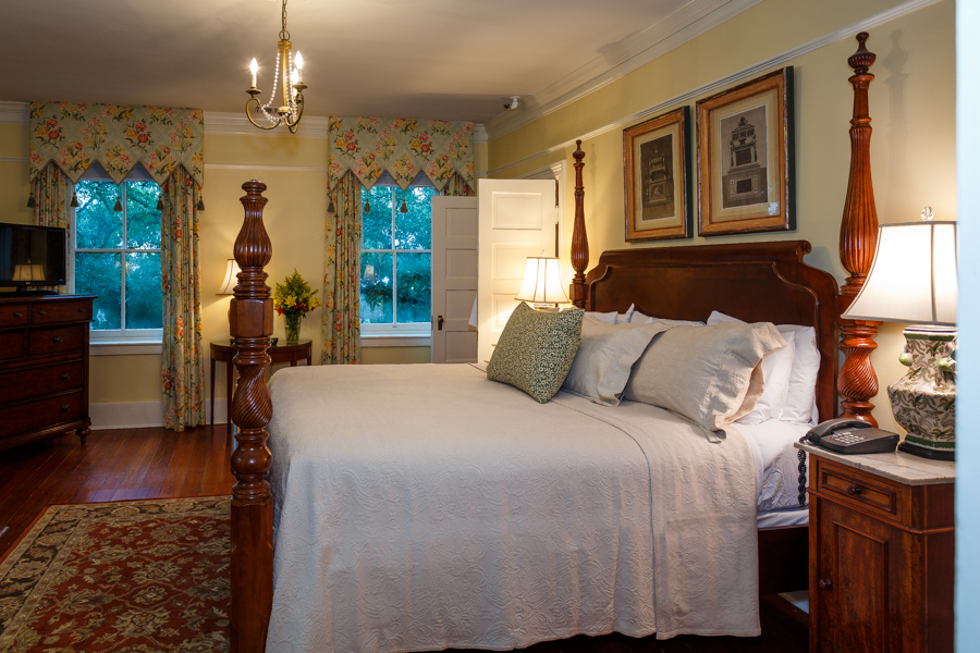 The Oglethorpe Penthouse Suite
