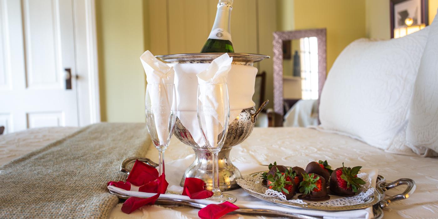 Savannah Honeymoon Package at The Gastonian Bed and Breakfast in Savannah